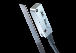 Non-contact linear encoder